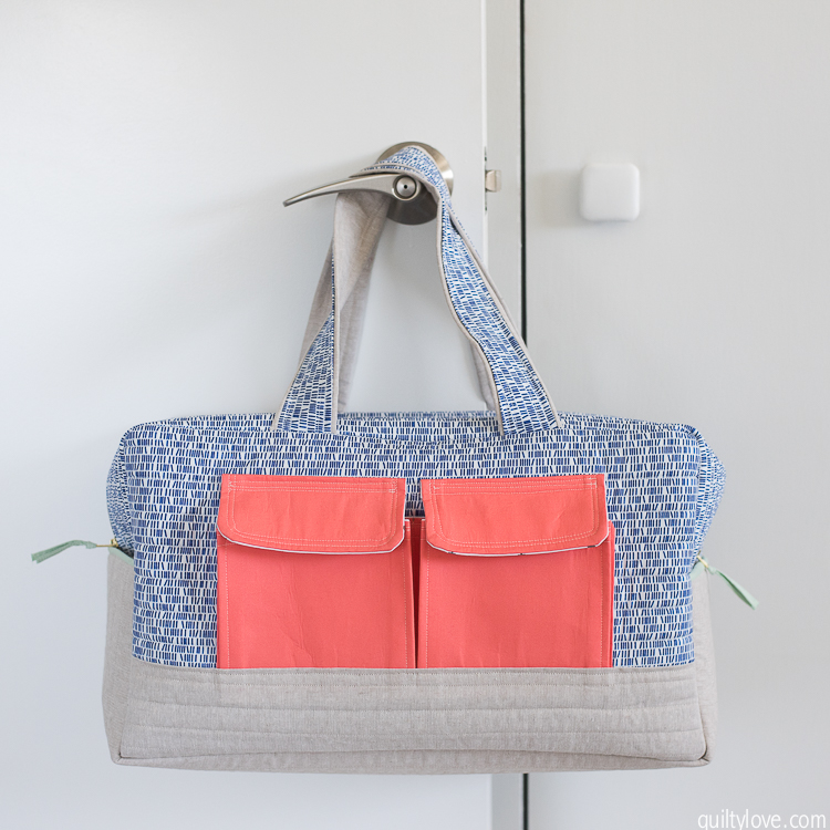 0c2a7ca387 Cargo Duffle Bags plus a tutorial to sew in a lining - Quilty Love
