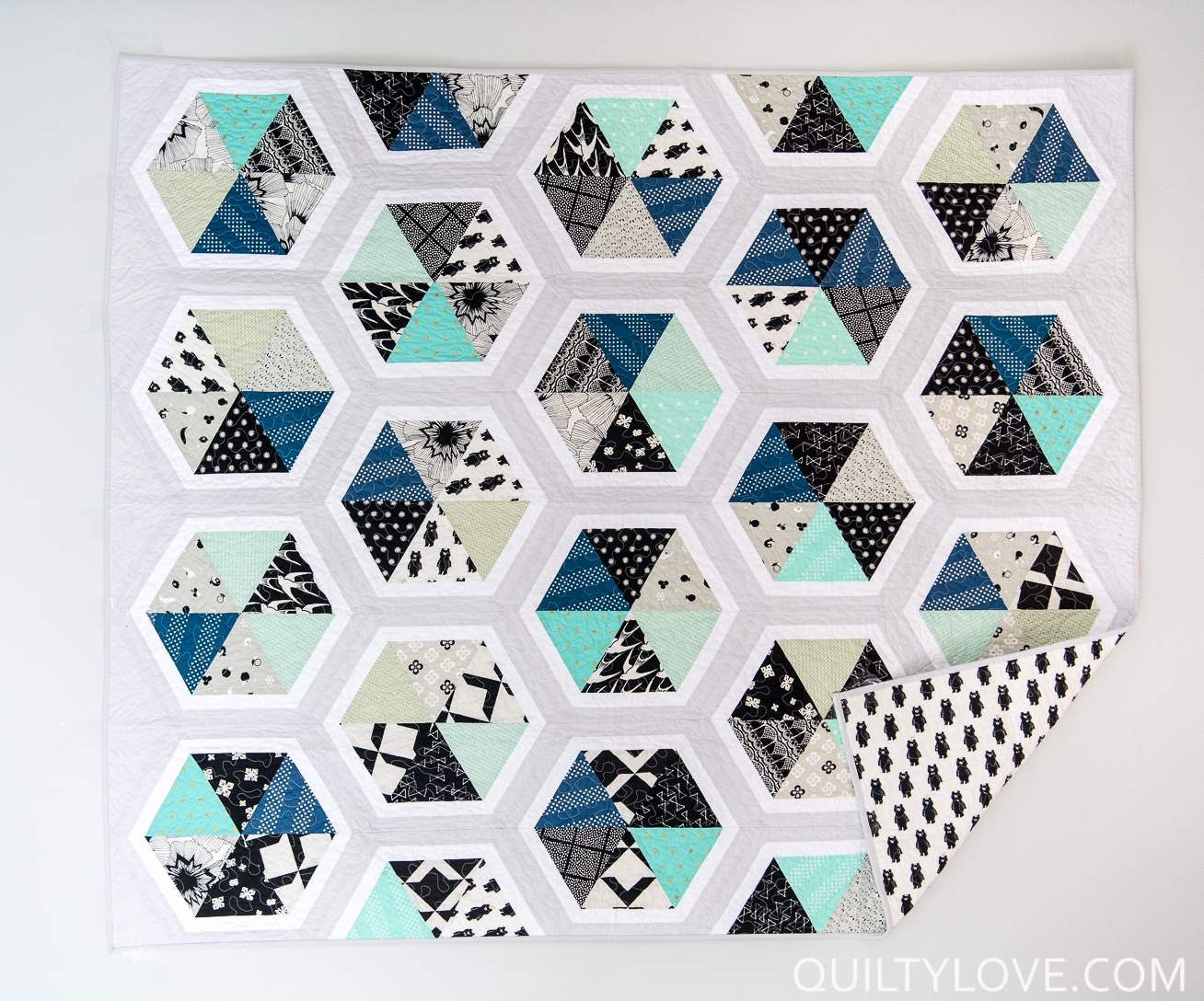 Cotton and Steel Trianlge Hexies Quilt