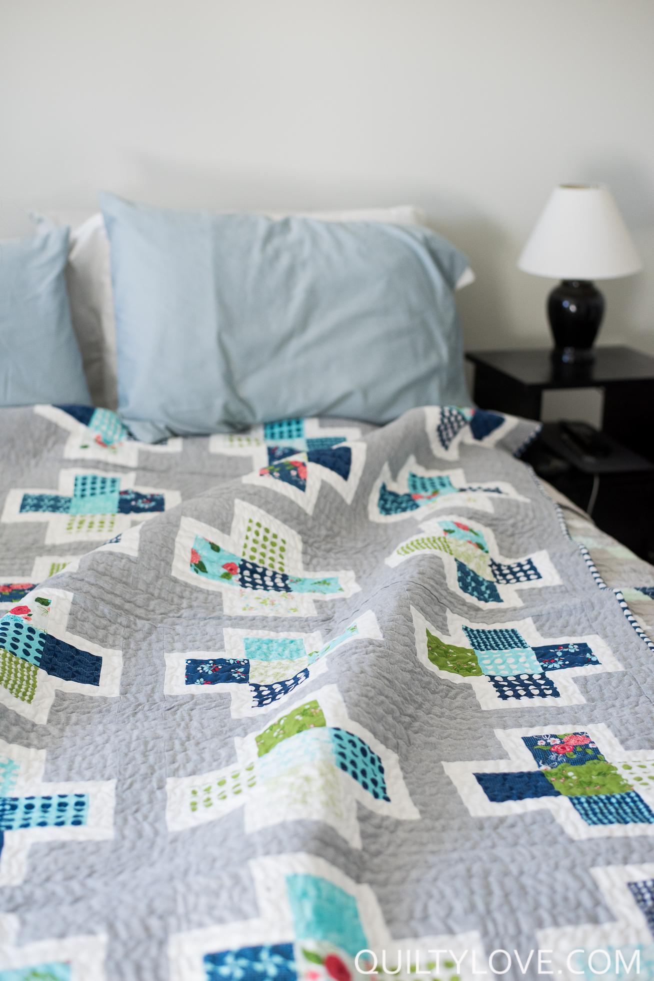 Essex Linen Plus Squared Quilt