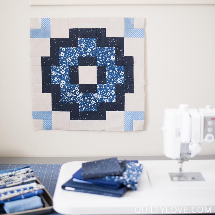 City tiles quilt by quiltylove.com