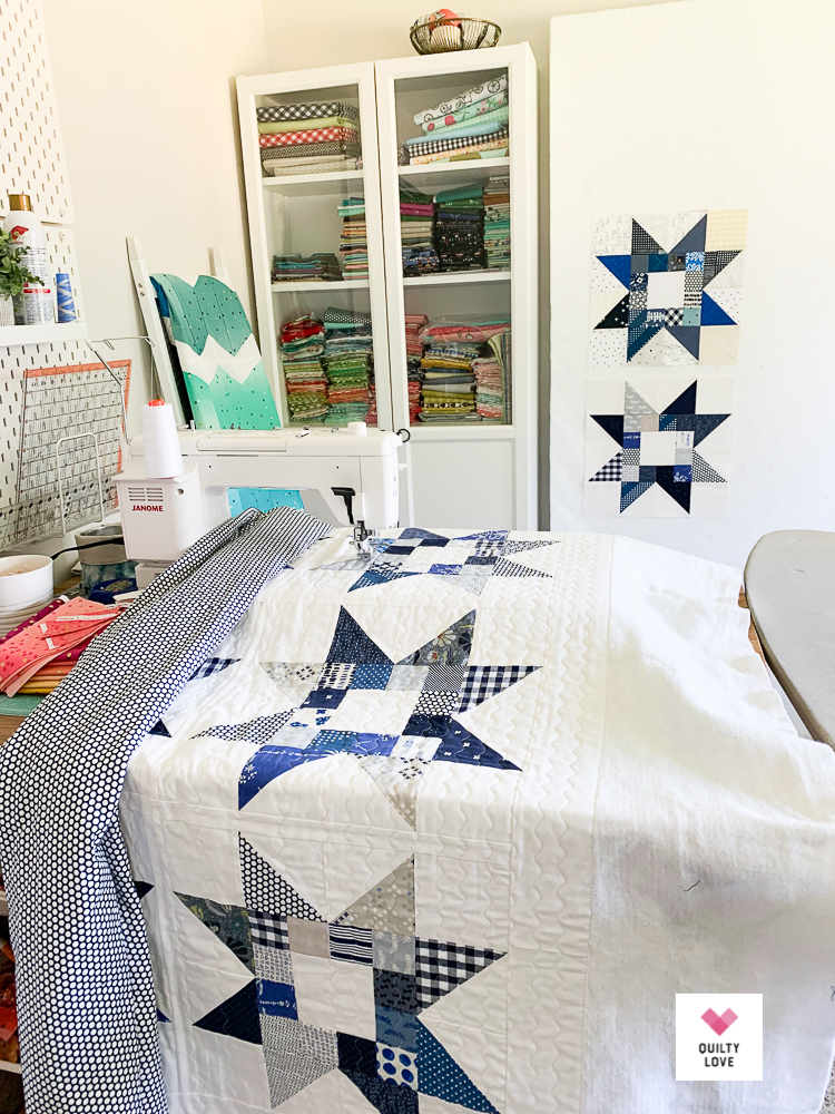 Quilty Stars machine quilting - Emily of quiltylove.com