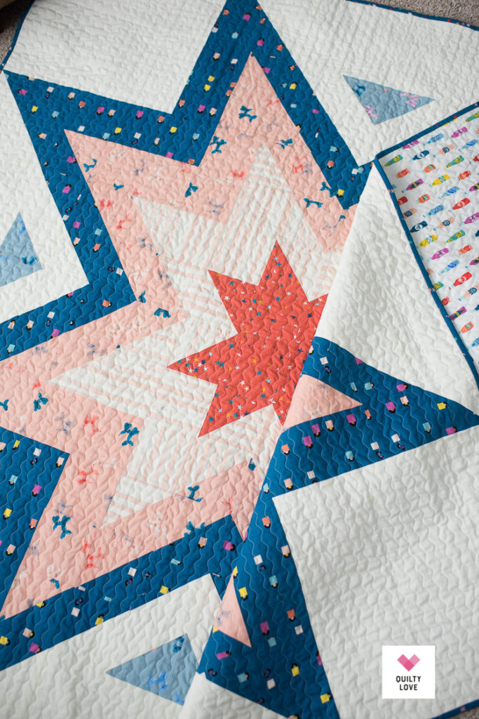 Expanding Stars quilt pattern.  Modern Star quilt by Emily of Quiltylove.com.