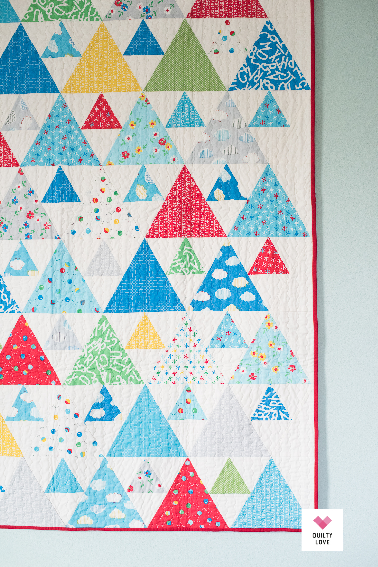 Bounce Triangle Peaks by QuiltyLove